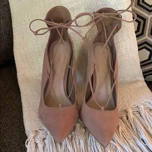 NEW IN BOX Aldo suede leather taupe heels
